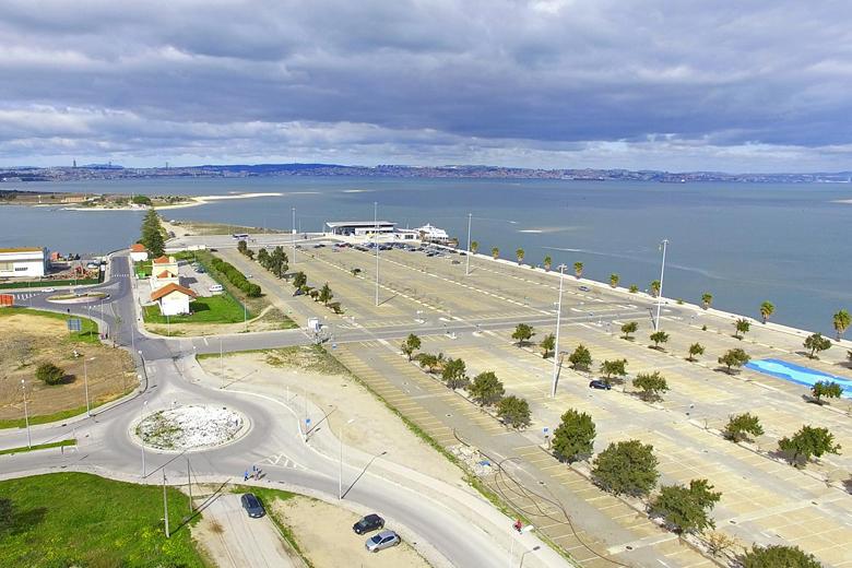 Parque de estacionamento Transtejo