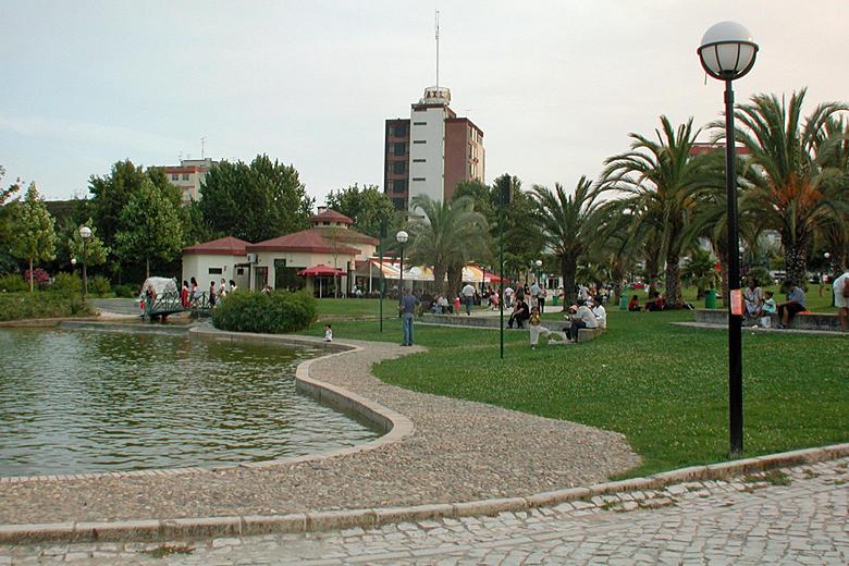 Equipamento no Parque Urbano das Paivas